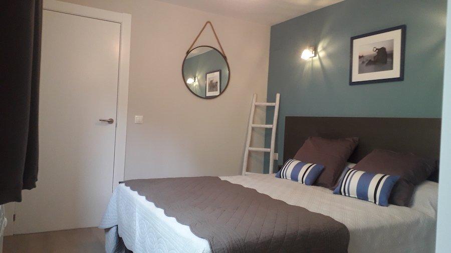 vue de la chambre à coucher de la chambre d'hôte Amalurra à Saint-Jean-de-Luz